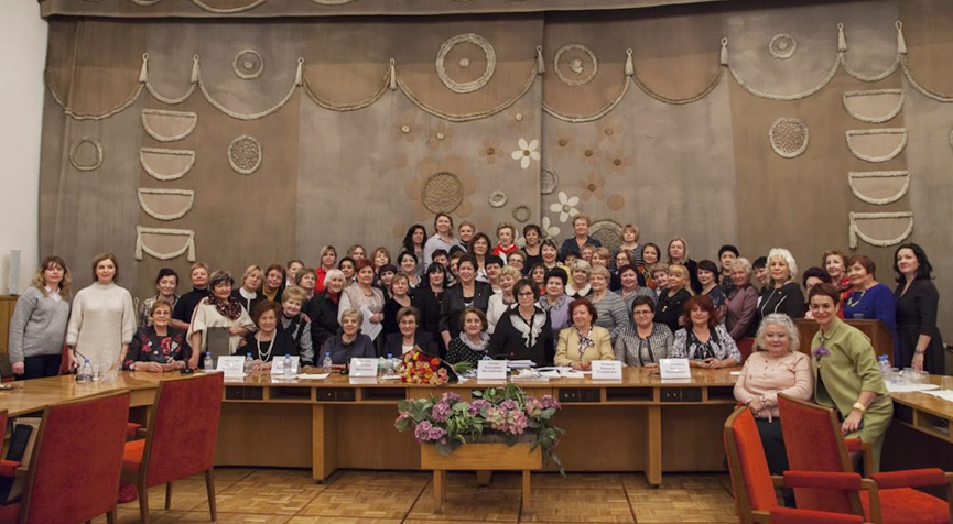 RUSSIAN WOMEN'S UNION SUPPORTS VLADIMIR PUTIN