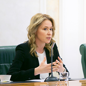 OPORA RUSSIA: 21% OF BUSINESSWOMEN ARE READY TO START EXPORTING